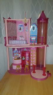 Barbie Schloss pink mit Tanzfläche