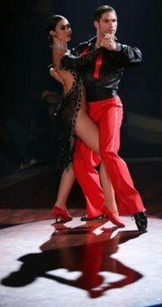 Er sucht Sie- Gemeinsam Tanzen