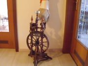 antikes Spinnrad von vor 1892