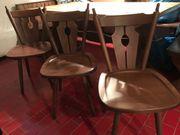3 alte Holzstühle