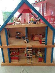 Puppenhaus aus Echtholz