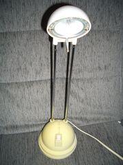 Tischlampe mit Leichtmittel
