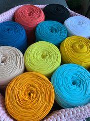Garn - Yarn verschiedene Farben Marke