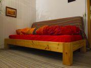 Massivholz Bett + neuwertiger