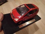 Maisto Modellauto 1 18 Mercedes-Benz