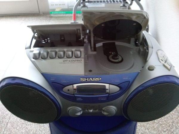 Sharp QT-CD-250-H tragbarer CD-Radiorekorder Silber