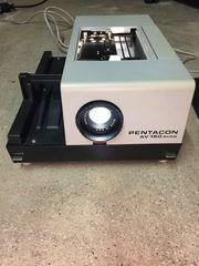 Diaprojektor Pentacon AV 150 auto