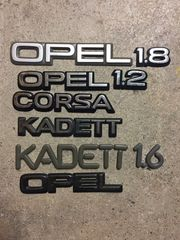 Opel Typenzeichen Kadett Corsa etc