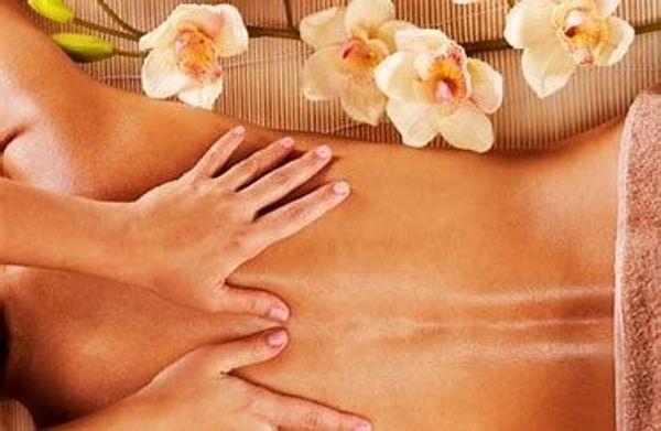 Massage für die Frau der