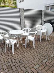 Camping- Tisch und 4 Stühle