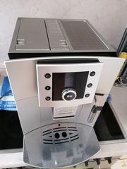 Kaffeevollautomat de Longhi Esam Serie