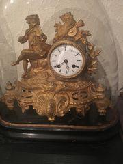 Tischuhr Antik