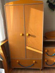 Kinderzimmer Schrank Kommode Regale Wandboard