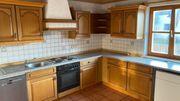 Charmante Küche abzugeben Samt Elektrogeräten