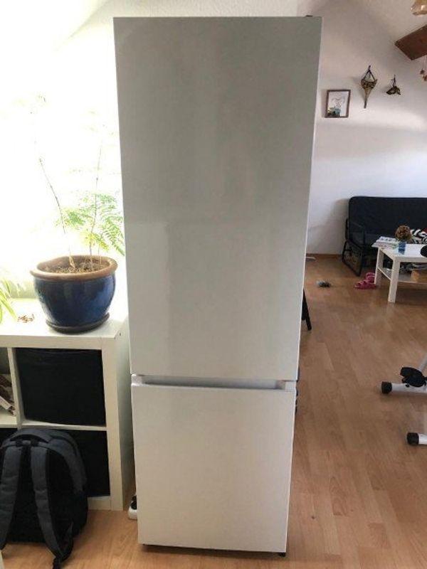 Kühl-Gefrierkombination mit bestehender Garantie
