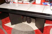 Gebrauchter Tisch schwarz mit weißen