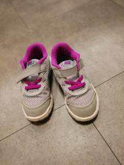 Original Nike Sportschuhe Kinderschuhe Größe