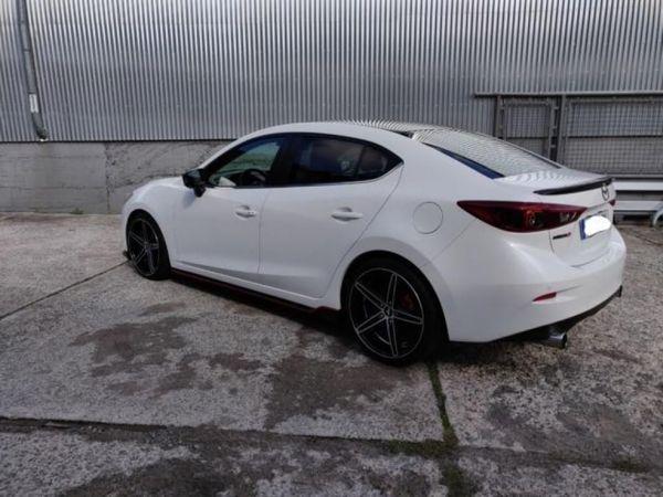 Mazda 3 SKYACTIV-G Sports-Line
