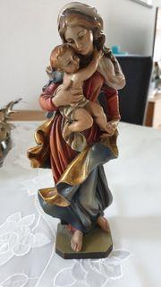 Madonna mit Jesuskind handgeschnitzt