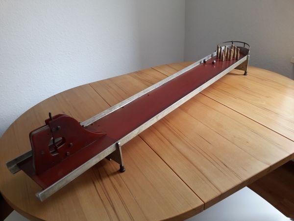 Antike Spielzeug Kegelbahn