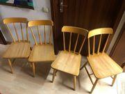 4 Holzstühle für Küche oder