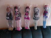 Monster High Puppen je 10EUR