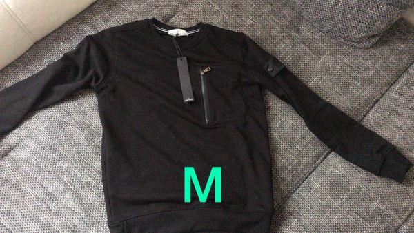 Sweatshirts in verschiedenen Farben und Größen - Bruchsal - Biete hier neue Sweatshirts in verschiedenen Größen und Farben an, alle neu und mit Etikett. Für Preis bitte anschreiben. - Bruchsal