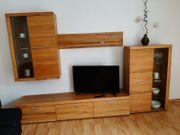 Wohnwand incl Flachbild-TV-Gerät