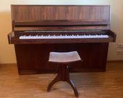 Klavier von Fazer