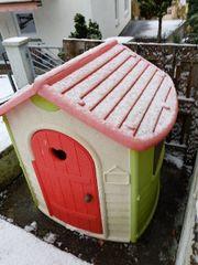 Spielhaus für draußen
