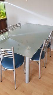 Esstisch mit Stühle