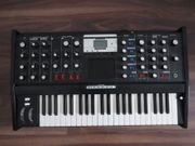 MOOG Music Minimoog Voyager Electric