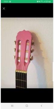 Gitarre und Gitarrentasche