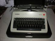 KofferSchreibmaschine OLYMPIA Monica mechanisch