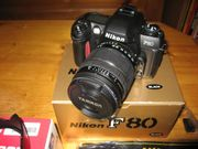 Nikon F80 mit Objektiv und