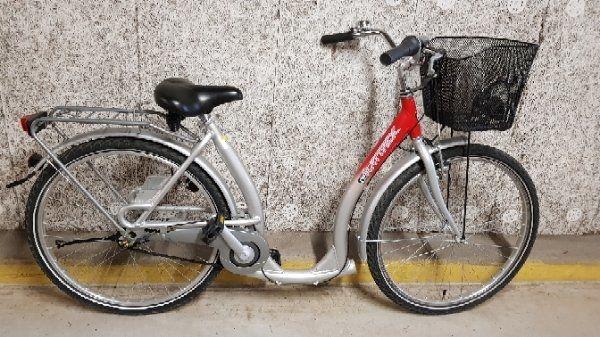 fahrrad 26 tiefeinsteiger gebraucht kaufen nur 2 st bis. Black Bedroom Furniture Sets. Home Design Ideas
