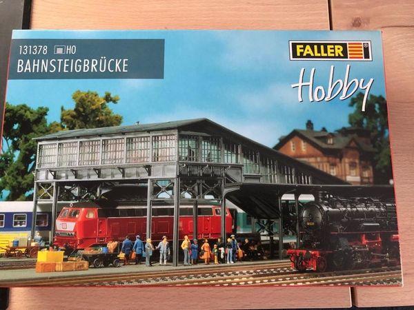 Faller Nr 131378 - H0 Bahnsteigbrücke