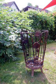 Möbel und Gartendeko