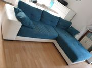 Couch mit Schlaffunktion zu verschenken