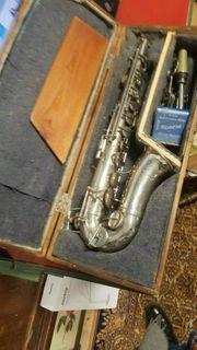 aus Kommission abzugeben----Saxophone Buffet Paris