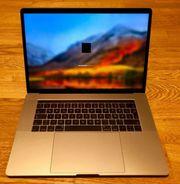 MacBook Pro (2016)