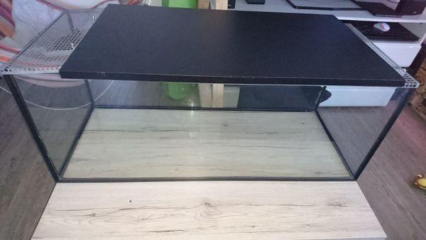 Terrarium / hamsterkäfig - Dietmannsried - Verkaufe ein Terrarium / Hamsterkäfig.Wenn gewünscht auch mit Ausstattung.Maße sind 100x40x40Nur an selbstabholer abzugebenPrivatkauf, keine Garantie und Rücknahme - Dietmannsried