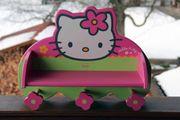 Hello Kitty Garderobe für Kinder