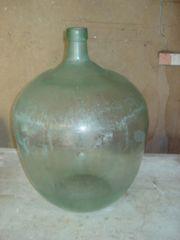 Alte große Balonflasche