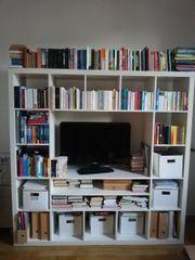 Bücher - TV-Regal