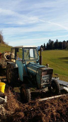 Traktor Ford Dexta 3000