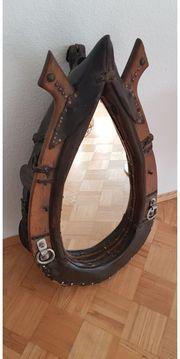 Spiegel-Pferde-Kummet