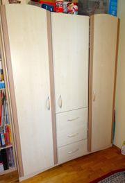 Kinderzimmer Wickelkommode 3-türiger Schrank Kleiderschrank