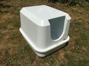 schönes großes weißes Katzenklo Toilette