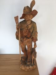 Holzfigur Jäger mit Hund